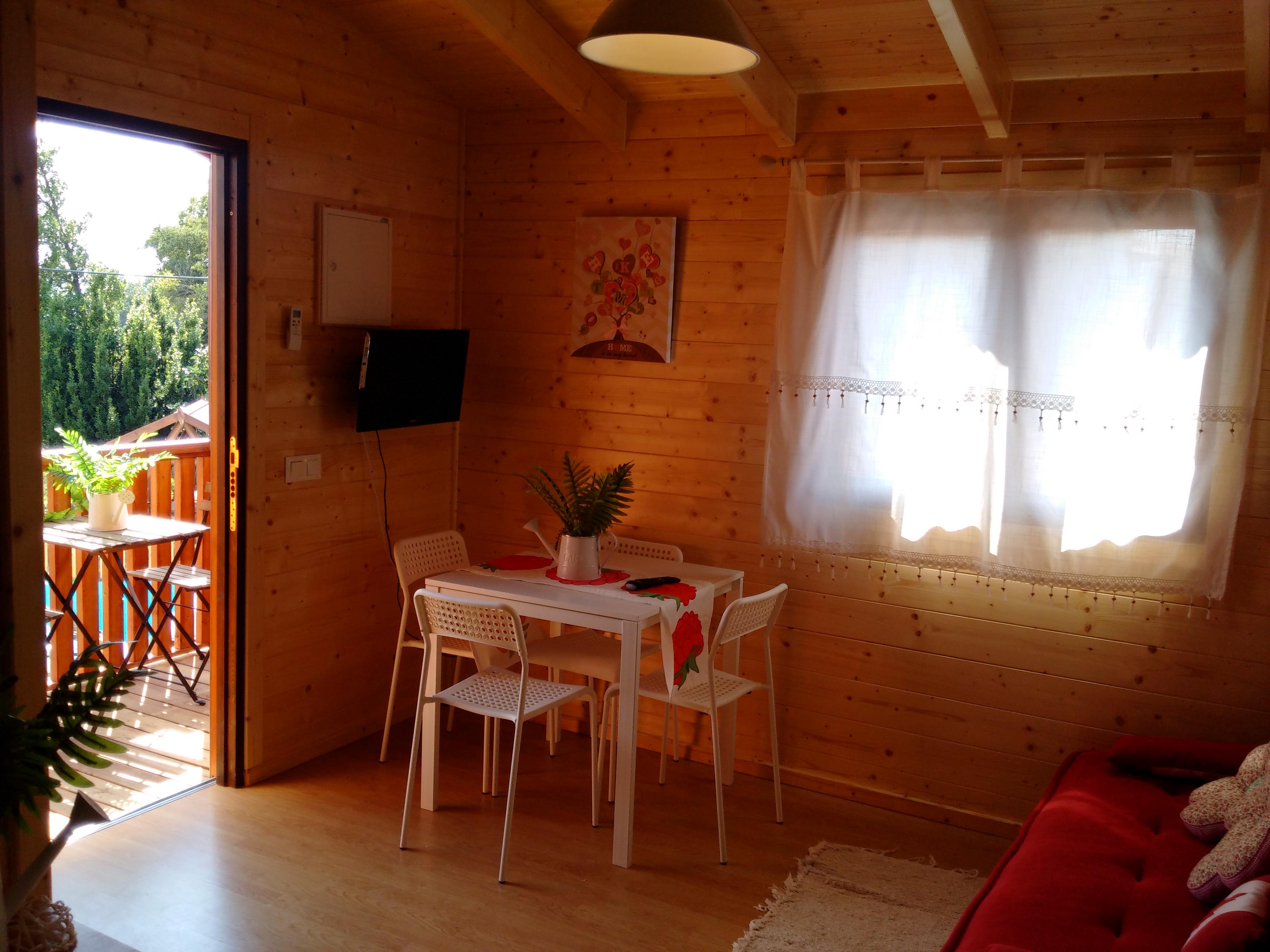 Salón con vistas Cabañas rurales Caudiel Sierra